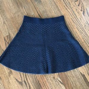 NWT Ann Taylor sweater skirt. Sz M